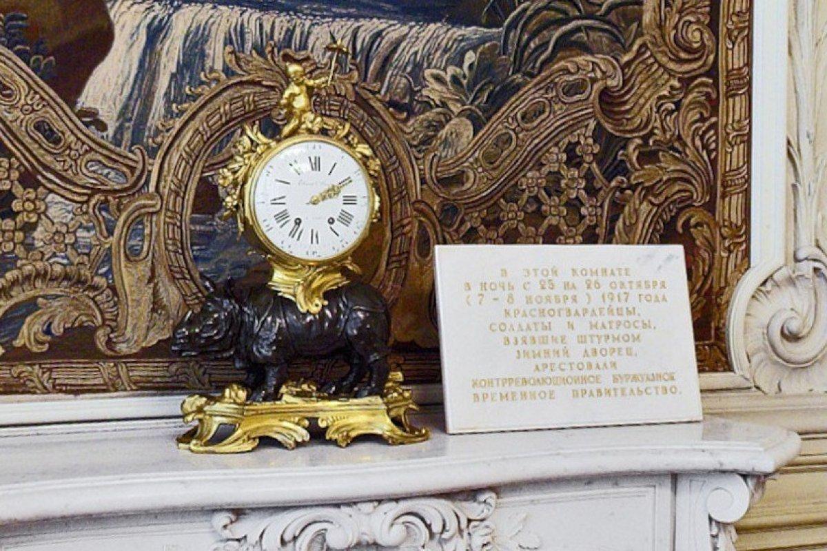 В Эрмитаже завели старинные часы