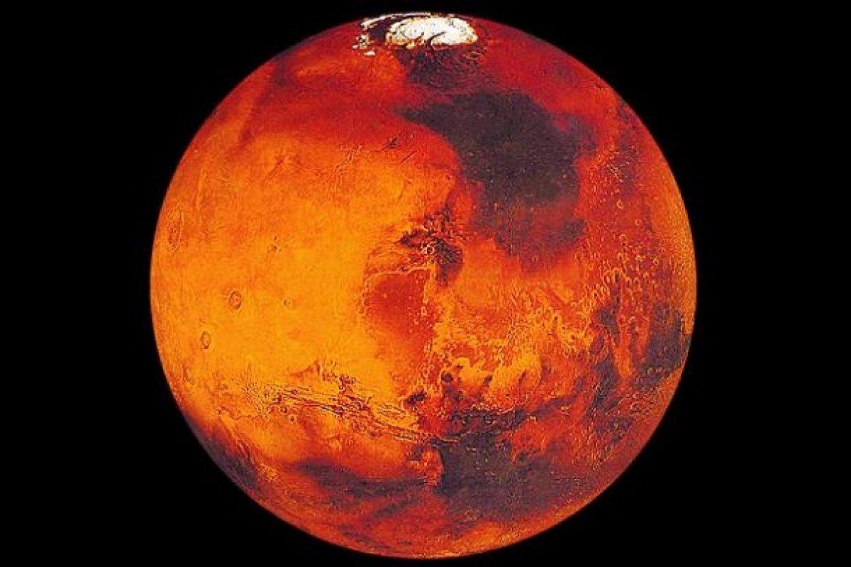 Земляне направят свои имена на Марс