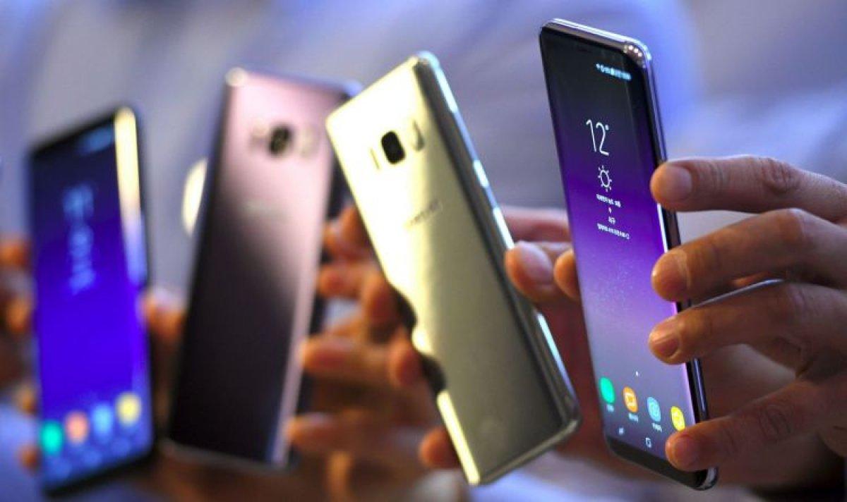 Samsung Galaxy S8 признали лучшим смартфоном октября в России