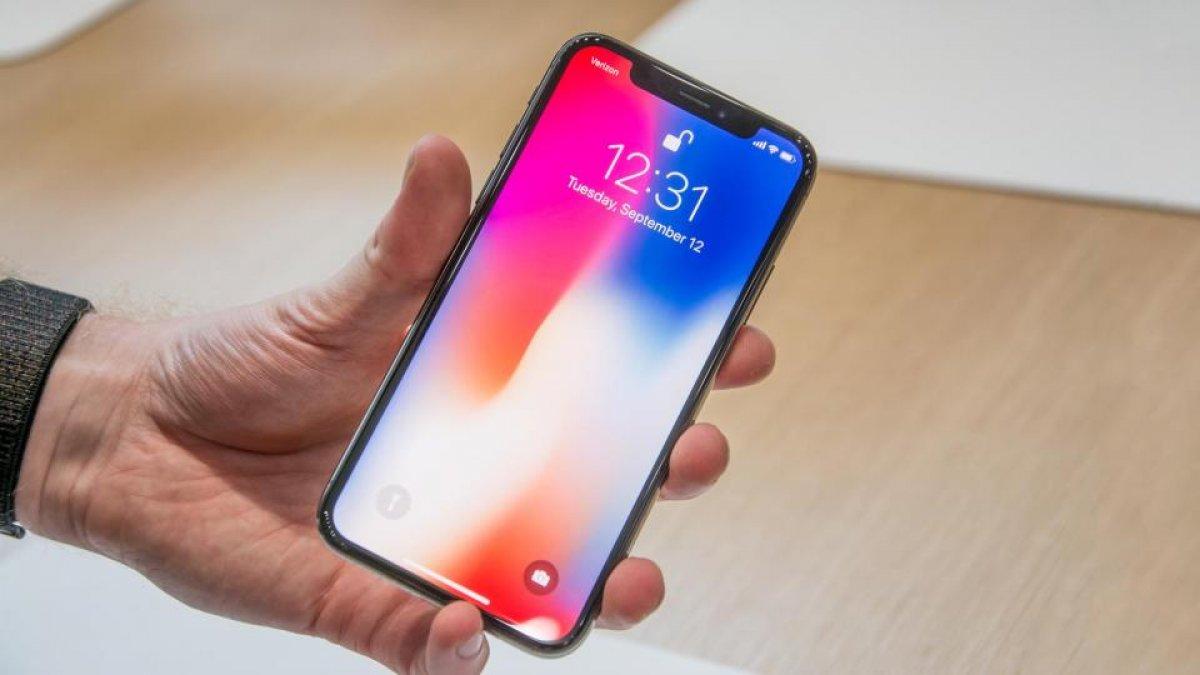 Apple предупреждает о возможных дефектах iPhone X