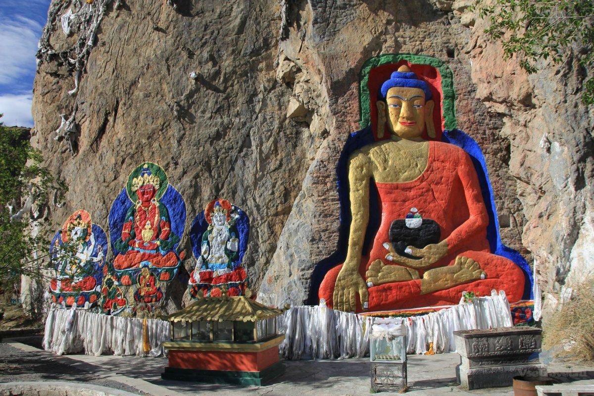 В Тибете построят самый высокий планетарий