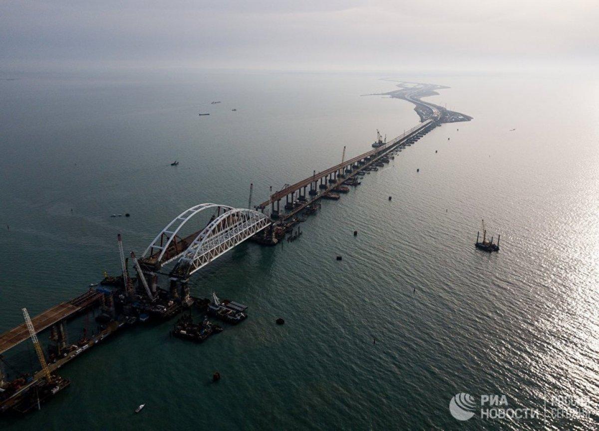 Крым и Тамань соединят до конца года