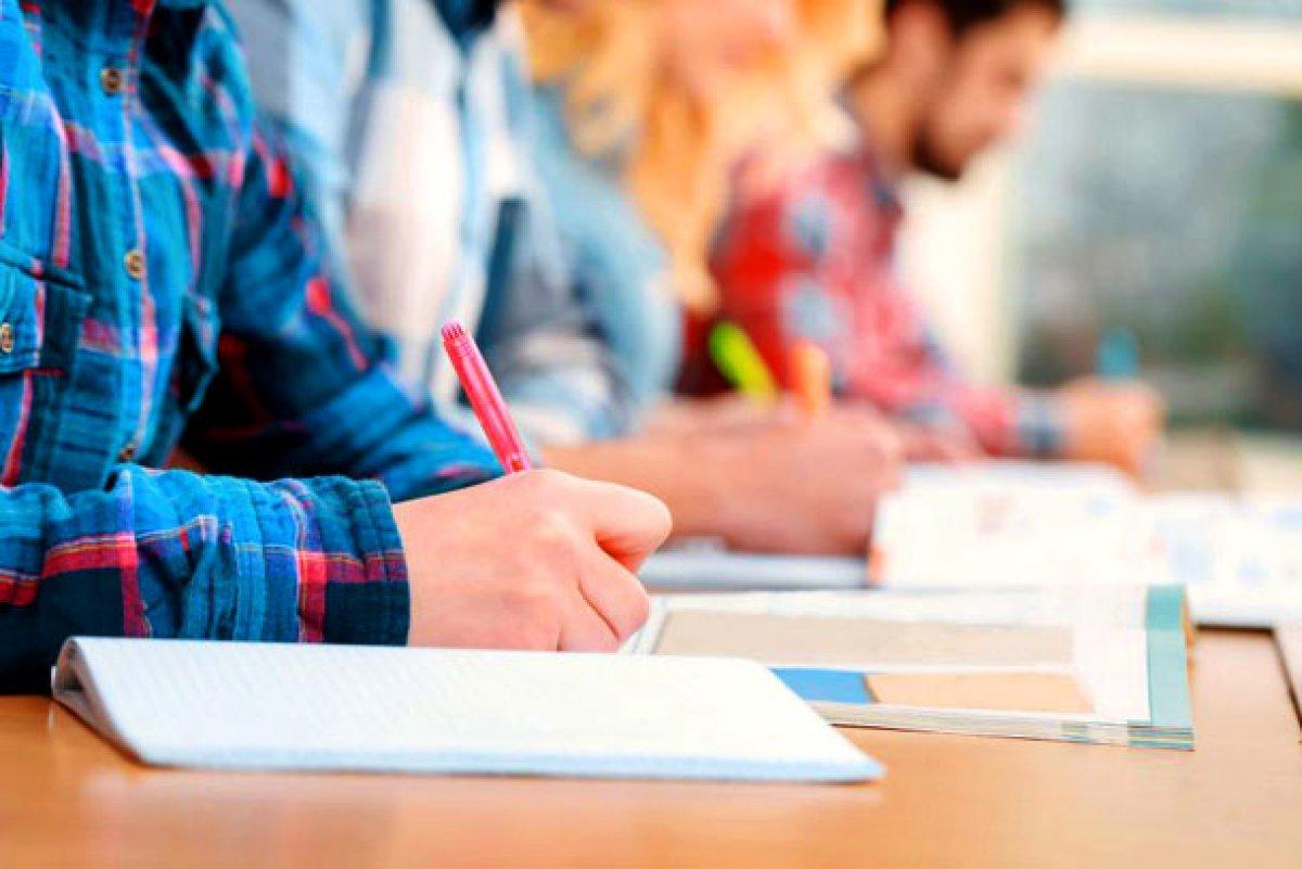 6 декабря одиннадцатиклассники приступят к написанию итогового сочинения (изложения)