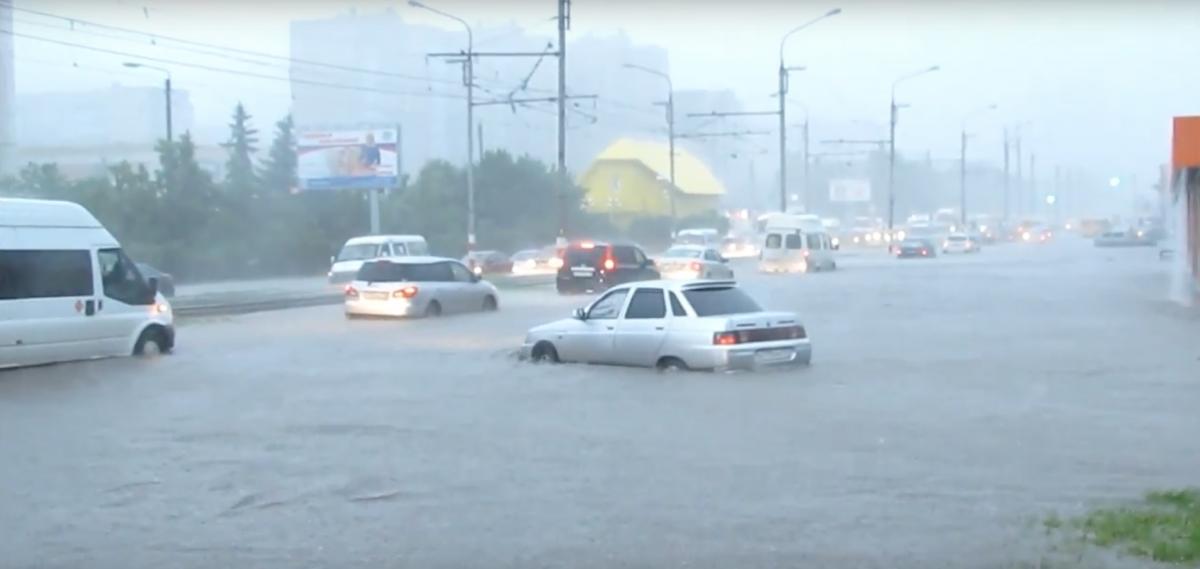 Жители нескольких регионов Приволжского федерального округа пострадали от стихии