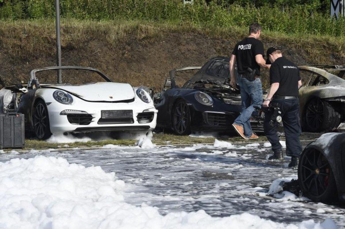 Нападение на полицейский участок в Гамбурге