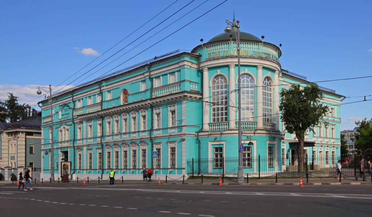 Вход в галерею Ильи Глазунова во вторник будет бесплатным