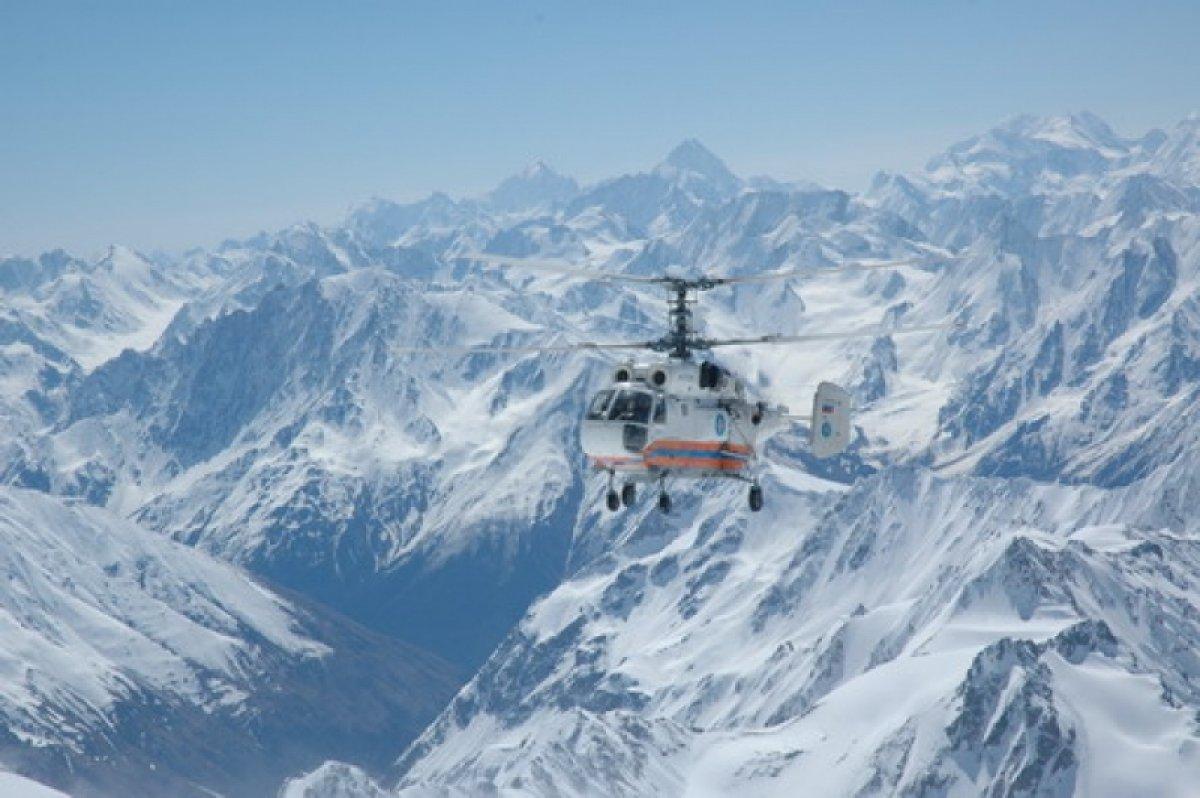 Альпиниста из США, пропавшего на Эльбрусе, ищут вертолётами