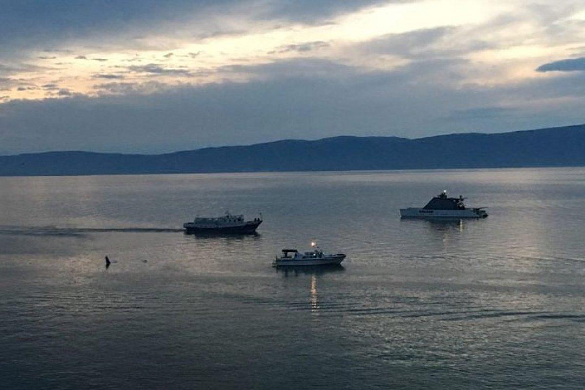 Частный самолет рухнул в озеро Байкал