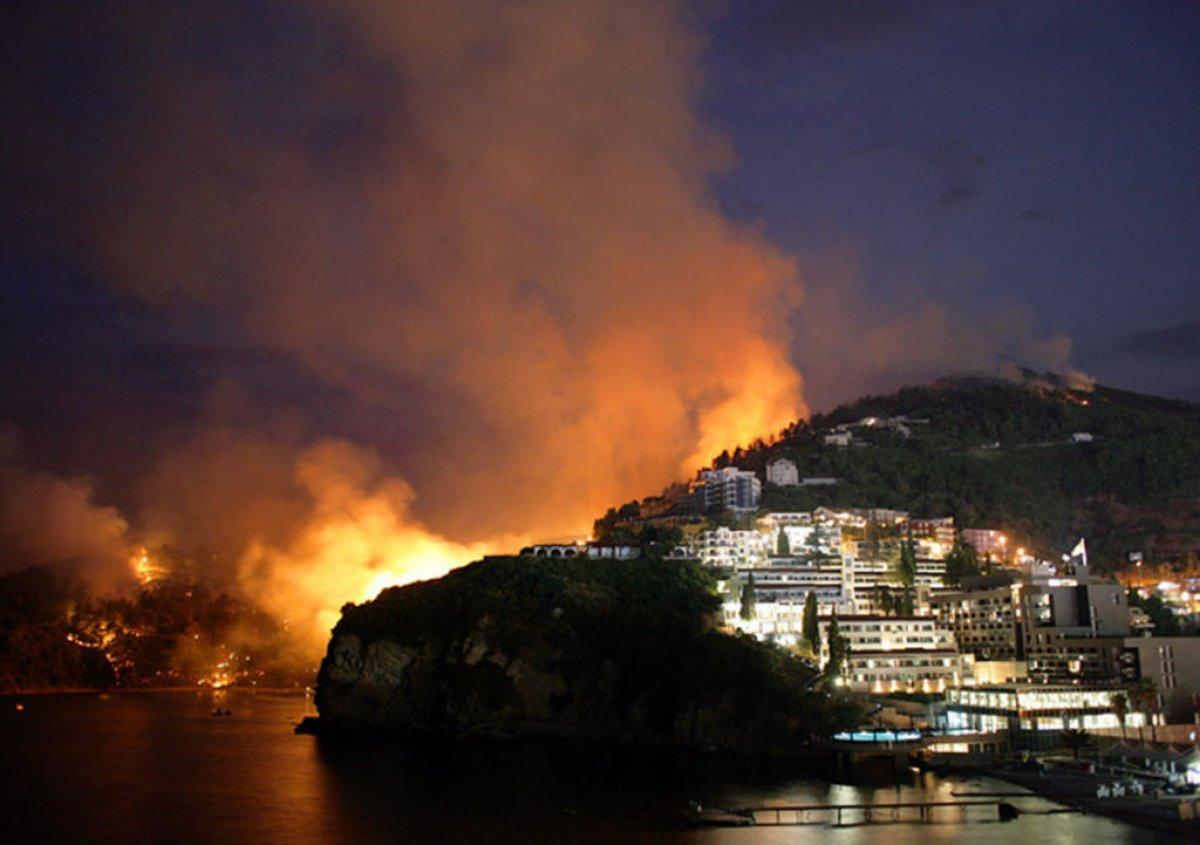 Крупные лесные пожары охватили страны Запада