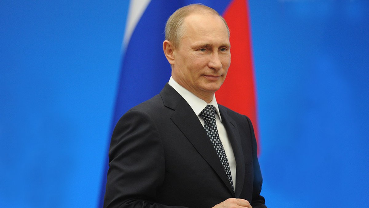 Владимир Путин поздравил участников МАКС-2017