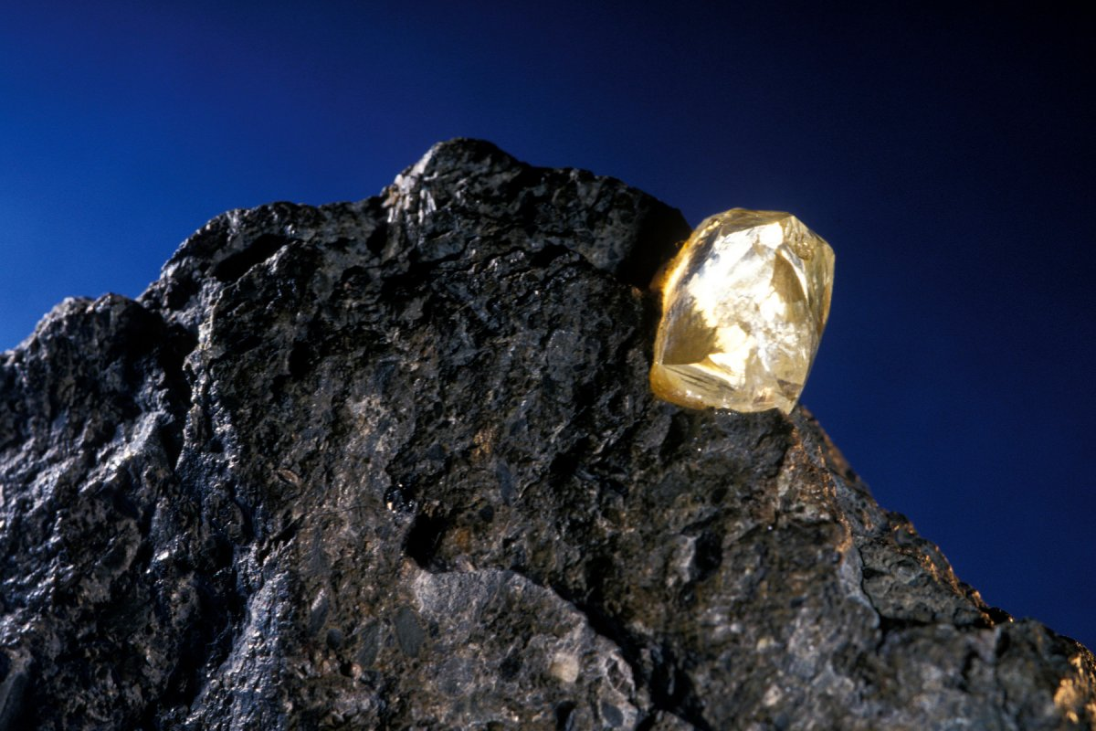 Учёные раскрыли тайну образования алмазов
