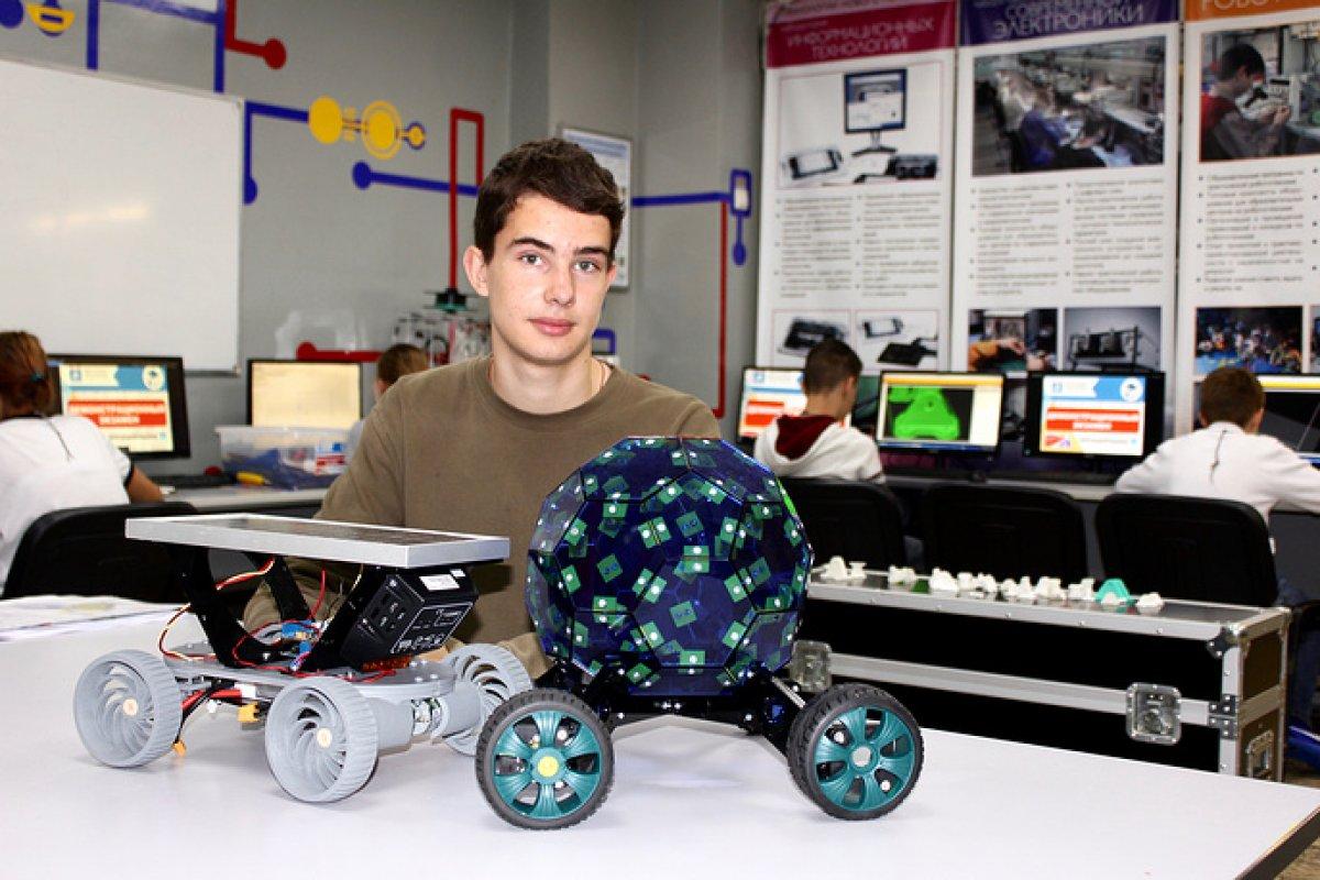 Школьники из России представили 11 разработок в Японии