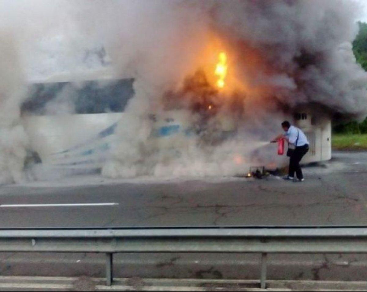 В Болгарии загорелся автобус с туристами из РФ