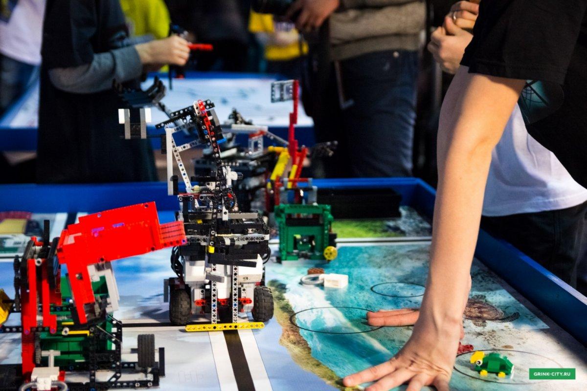 Российские школьники завоевали пять наград на выставке изобретателей в Японии