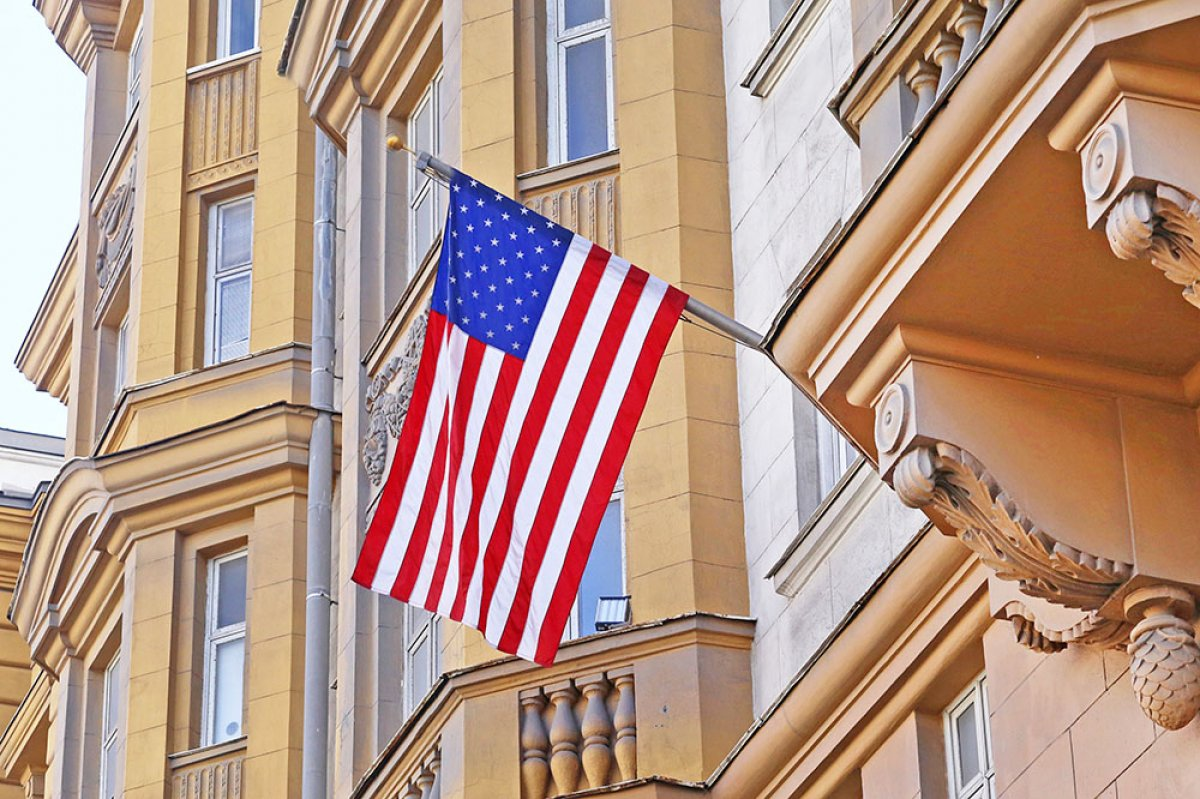 Американским дипломатам закрыли доступ к дачам и складам