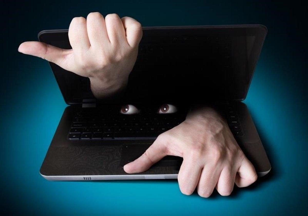 Питерский программист заподозрил «ВКонтакте» в шпионаже