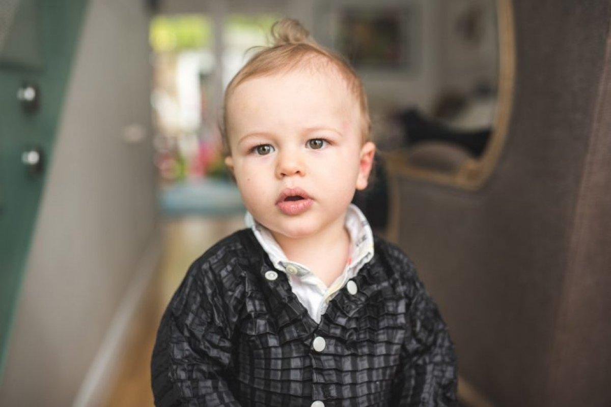Британский дизайнер придумал одежду, которая вырастает вместе с ребенком