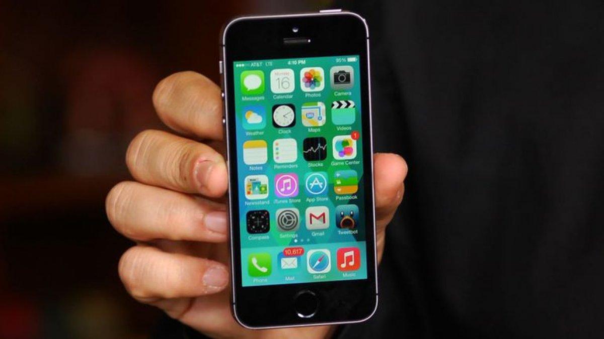 iPhone 5s исчезнет из магазинов России