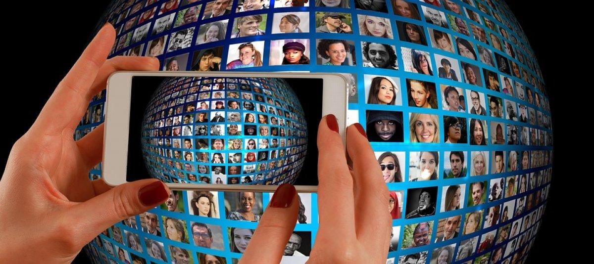 Социальные сети могут причинять вред