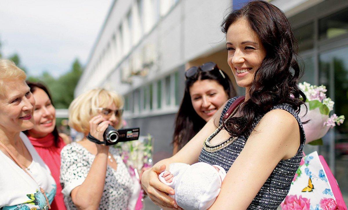 Московским роженицам начнут выдавать «приданое»