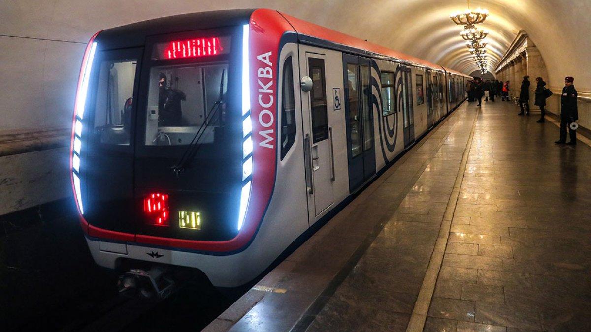 В Новом году планируют открыть более 20 новых станций метро