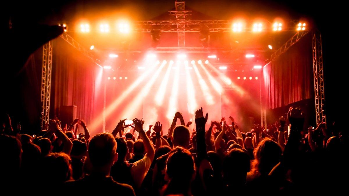 Молодых избирателей в Москве поощрят билетами на концерты