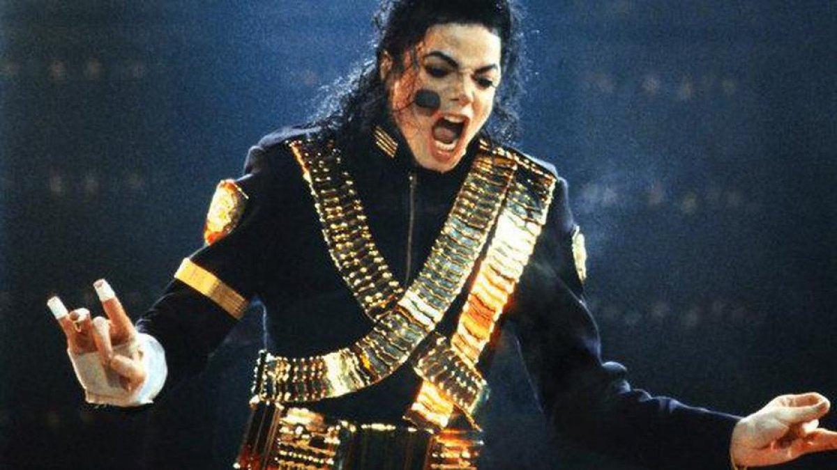 Двойник Майкла Джексона выступил с концертом в Питере