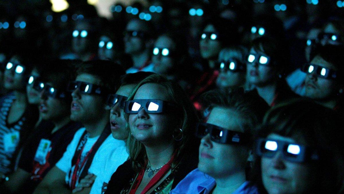 Российских школьников обучат киноискусству