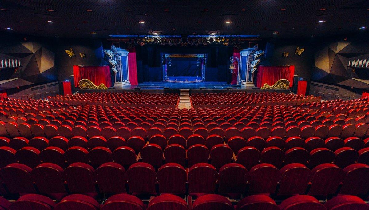 """На сцене театра """"ЛДМ. Новая сцена"""" покажут первобытный детектив"""