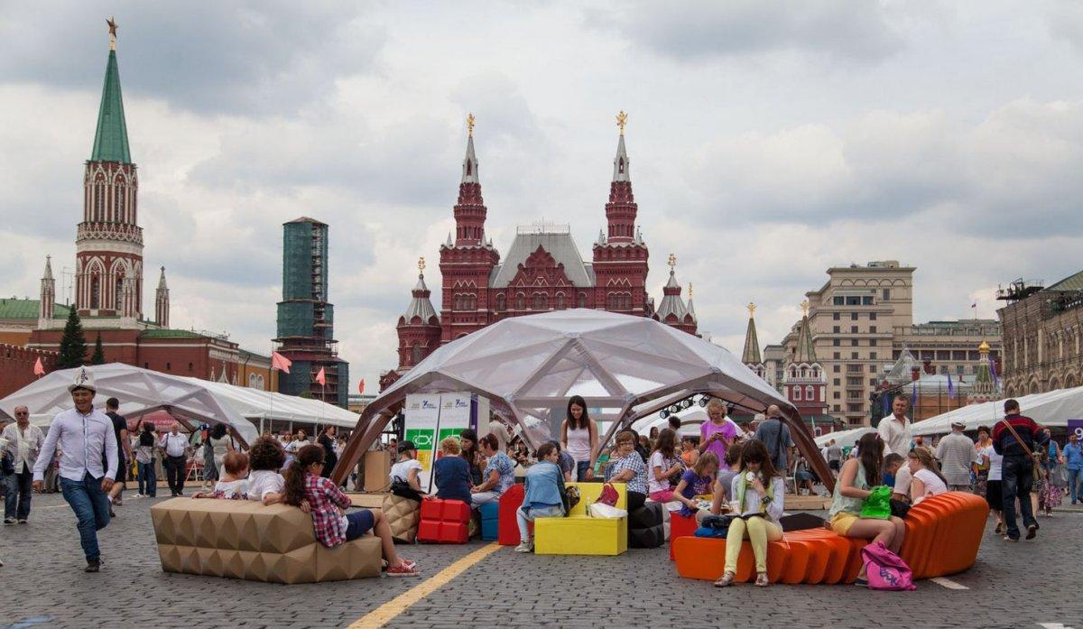 «Красная площадь»: когда пройдёт главный литературный праздник страны?