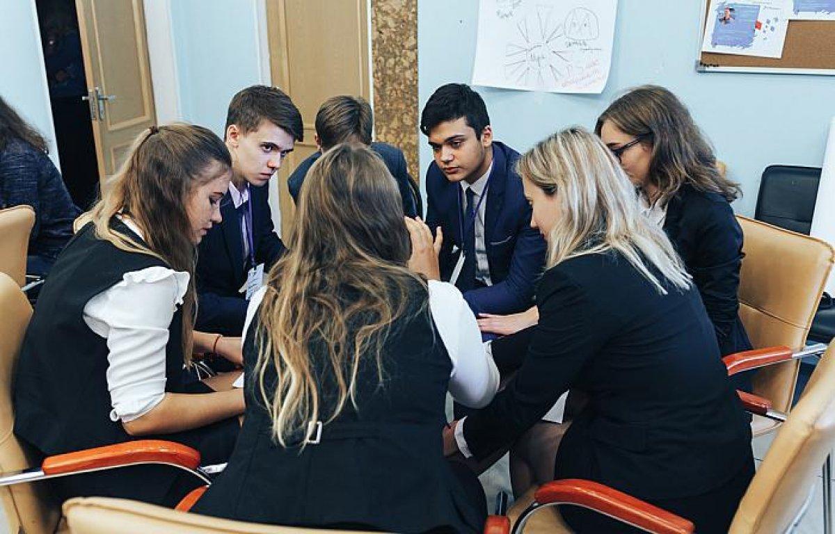 Тюменских школьников научили воплощать в жизнь свои проекты