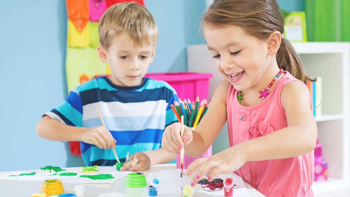 Порядка 100 детских мастер-классов пройдет в Москве в День России