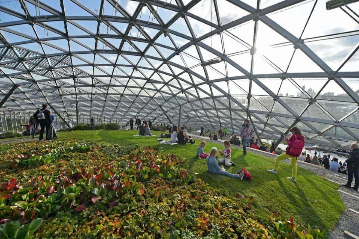 В Зарядье открылась выставка работ юных архитекторов и дизайнеров