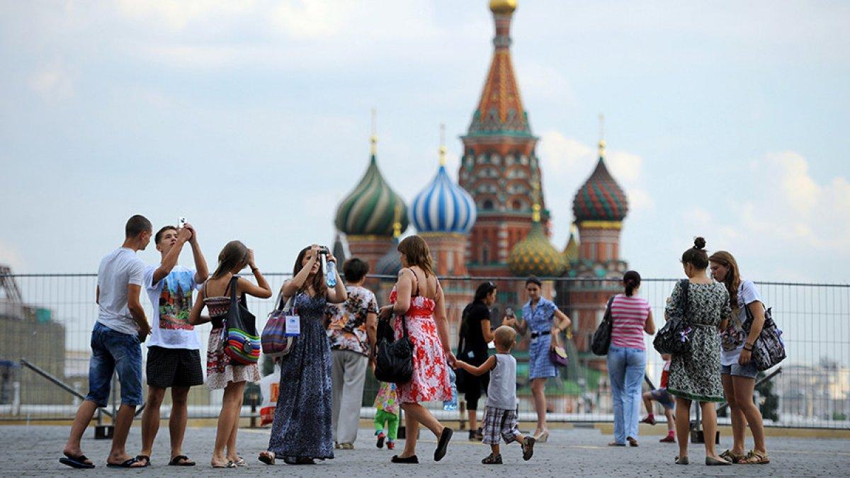 Эксперты рассказали, куда предпочитают путешествовать россияне
