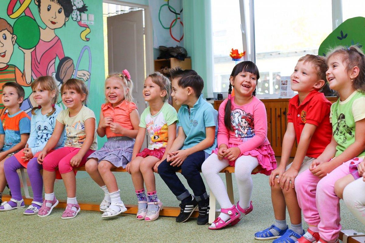 Воспитателей научат работать с детьми мигрантов
