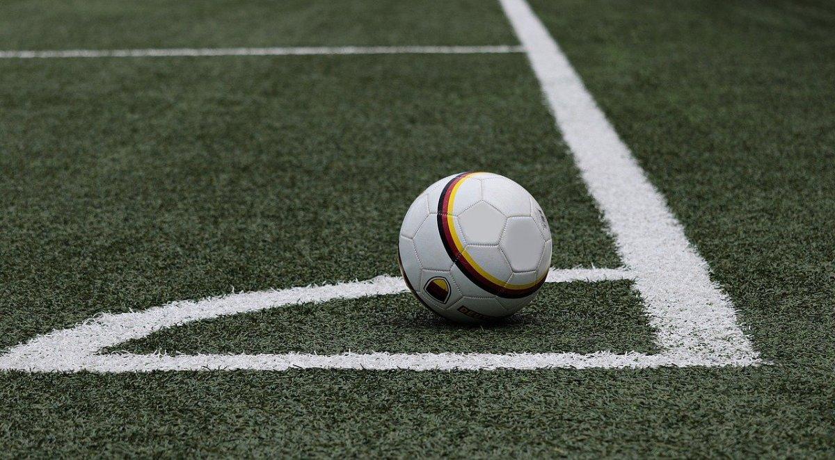 К 2024 году во всех школах появятся спортивные клубы и лиги