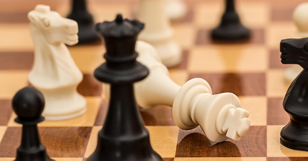 Искусственный интеллект переиграл алгоритм Stockfish в шахматы