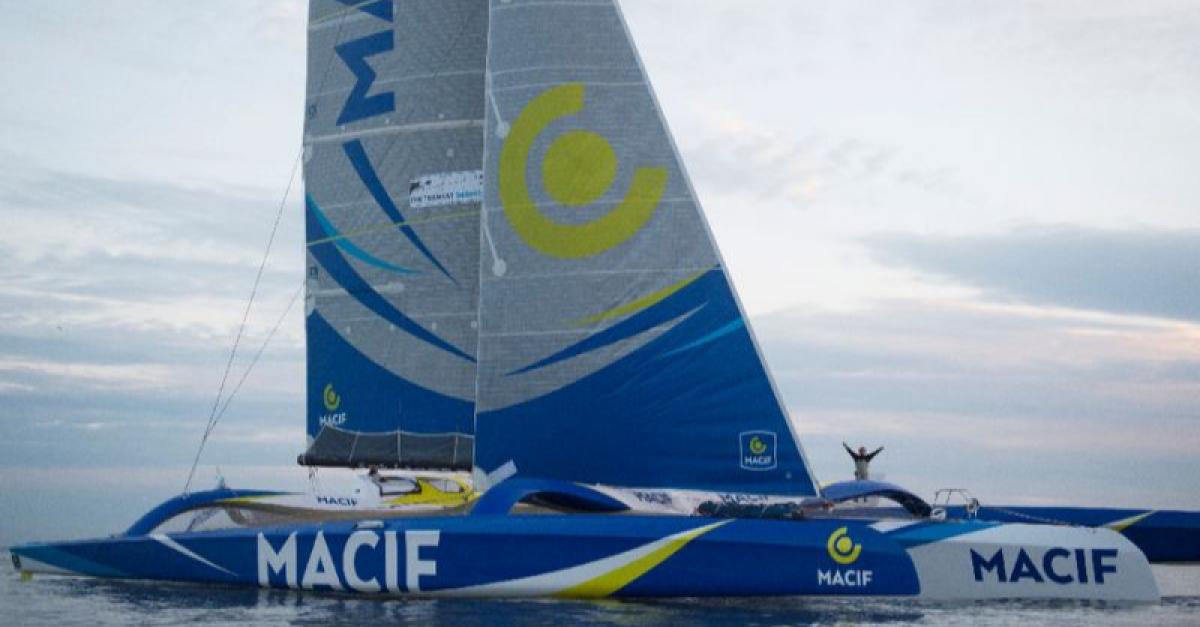 Француз установил новый мировой рекорд на своей яхте