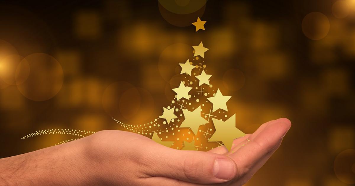25 декабря католики и протестанты празднуют Рождество