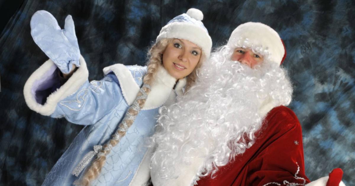 «Победа» будет бесплатно провозить людей в костюмах Деда Мороза и Снегурочки