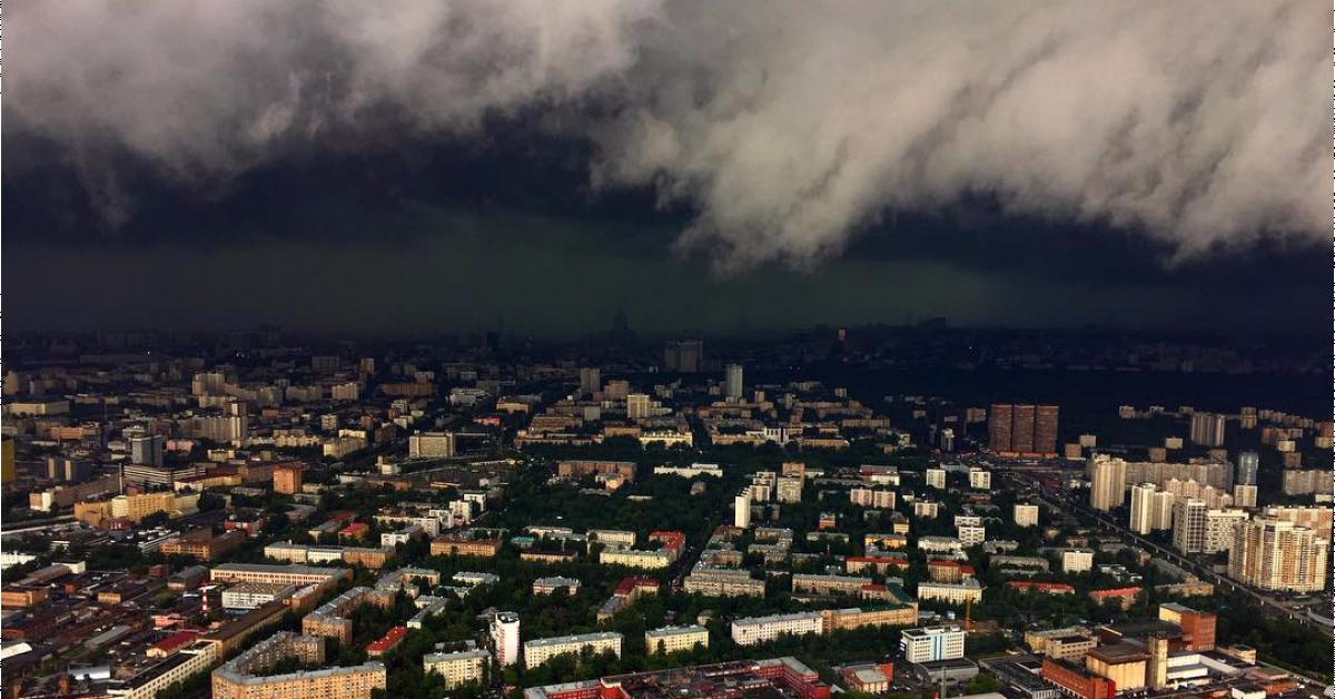 Количество пострадавших от шторма в Москве увеличилось до 16