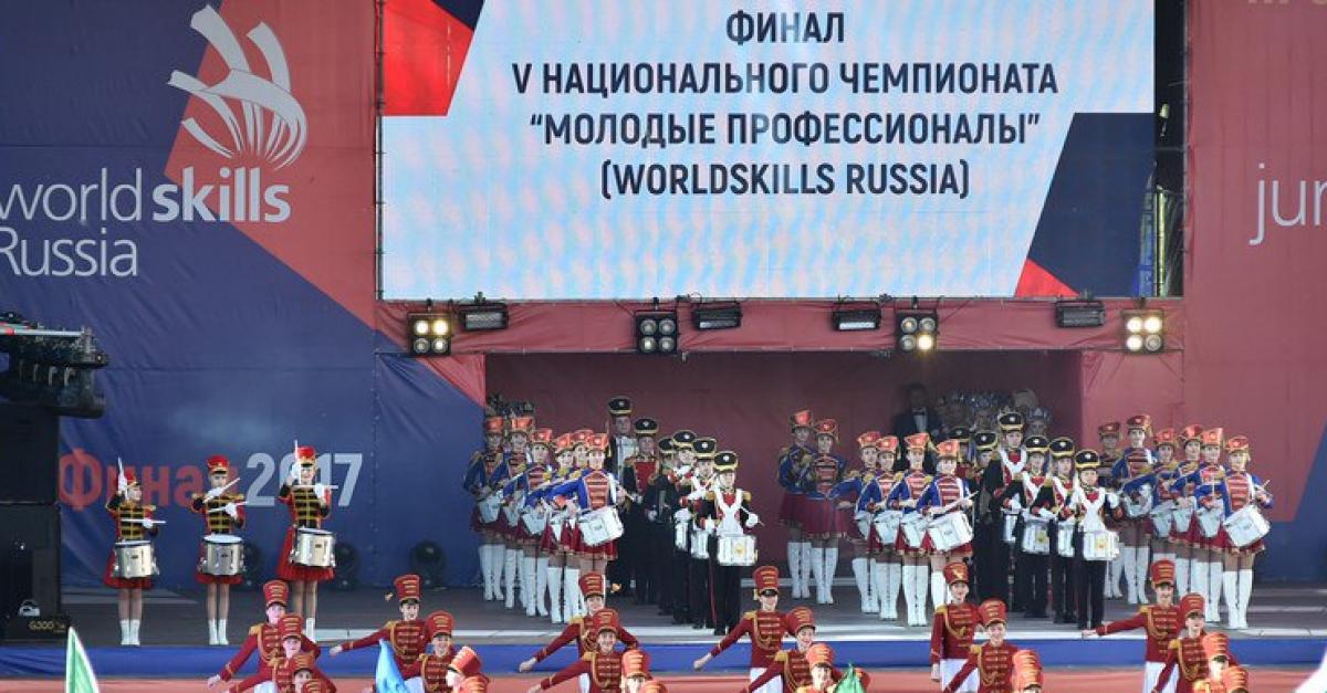 """Студенты-победители чемпионата """"WorldSkills Russia"""" могут получить по 400 тысяч рублей"""