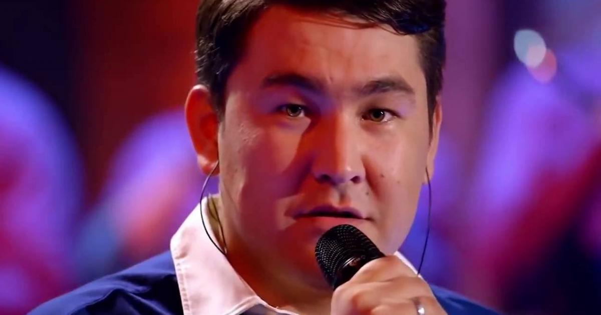 Семье известного телеведущего угрожают за шутку о казахском языке