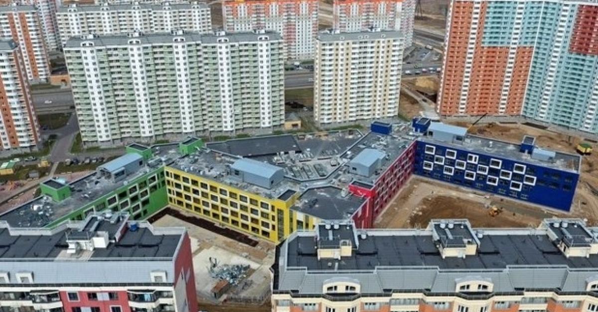В Москве открыли самую большую в России школу