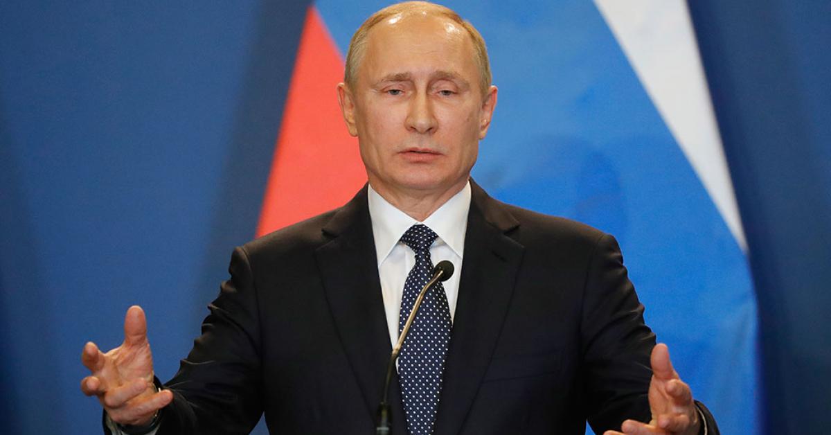 Президент Владимир Путин отметил вклад студенческих отрядов в развитие страны