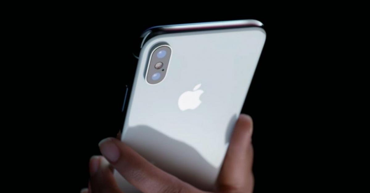 Стала известна себестоимость iPhone X