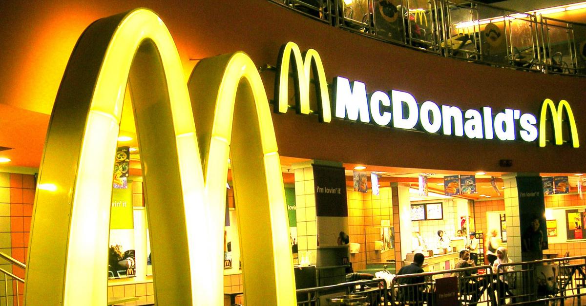 Борис Чернышов предлагает признать McDonald's и KFC иностранным агентами