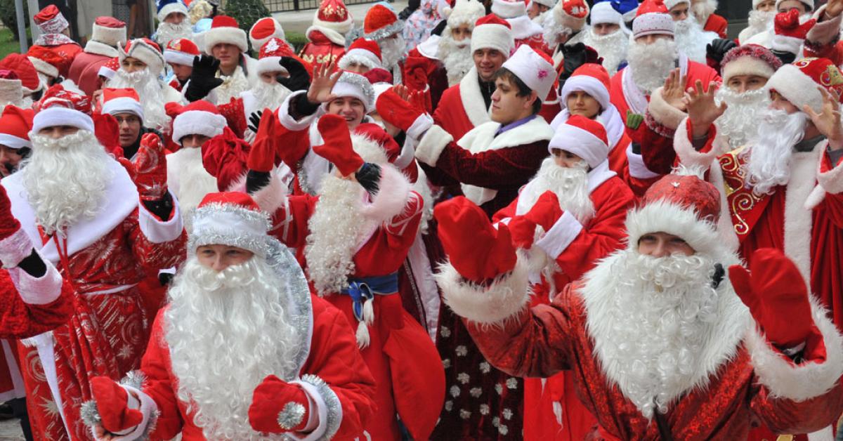 В Москве будут выступать Деды Морозы
