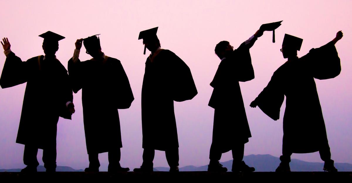 Высшее образование влияет на продолжительность жизни в России