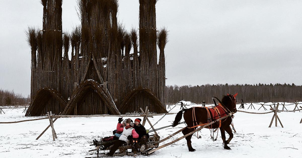 «Пламенеющая готика» в деревне Никола-Ленивец